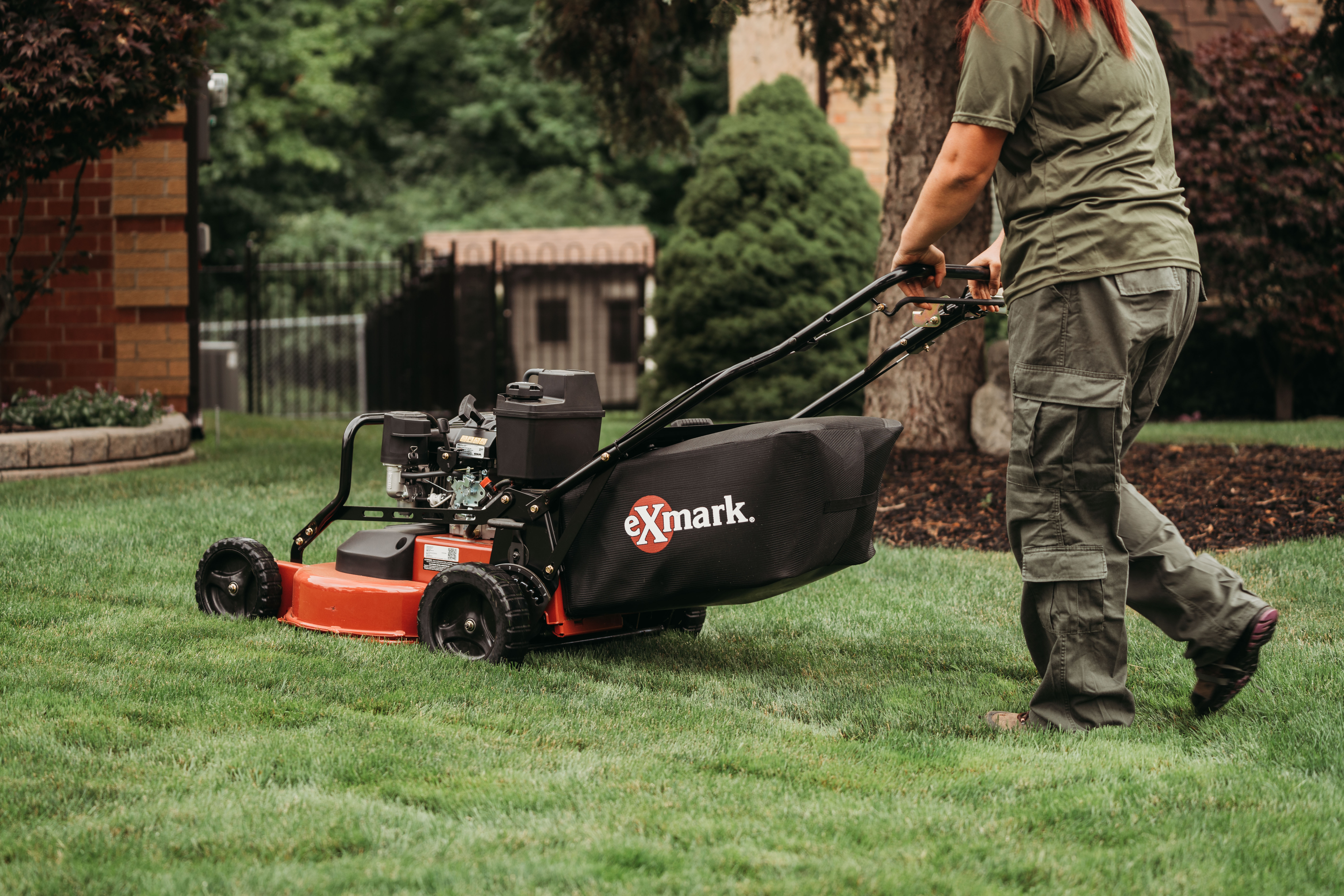 The Benefits of Hiring a Lawn Mowing Services Company This Season